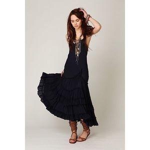 🎀 Free People • Tracks Of My Tiers Maxi Dress